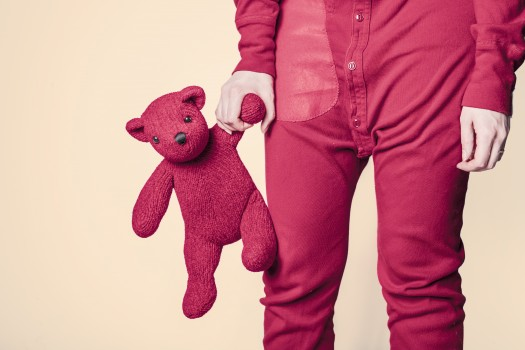 bear-child-cuddly-toy-4604-525x350